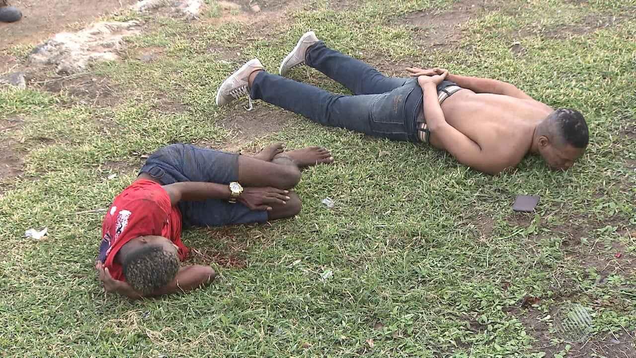 Homens são abordados e presos em tentativa de roubo aloja na Pituba