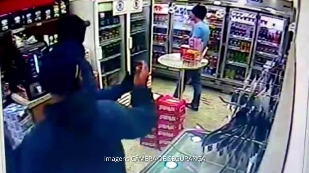 Vídeo mostra reação de PM à paisana que matou criminoso em posto de combustíveis em SP