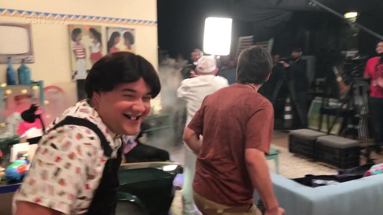 Lucas Veloso e Gui Santana pregam peça em Renato Aragão