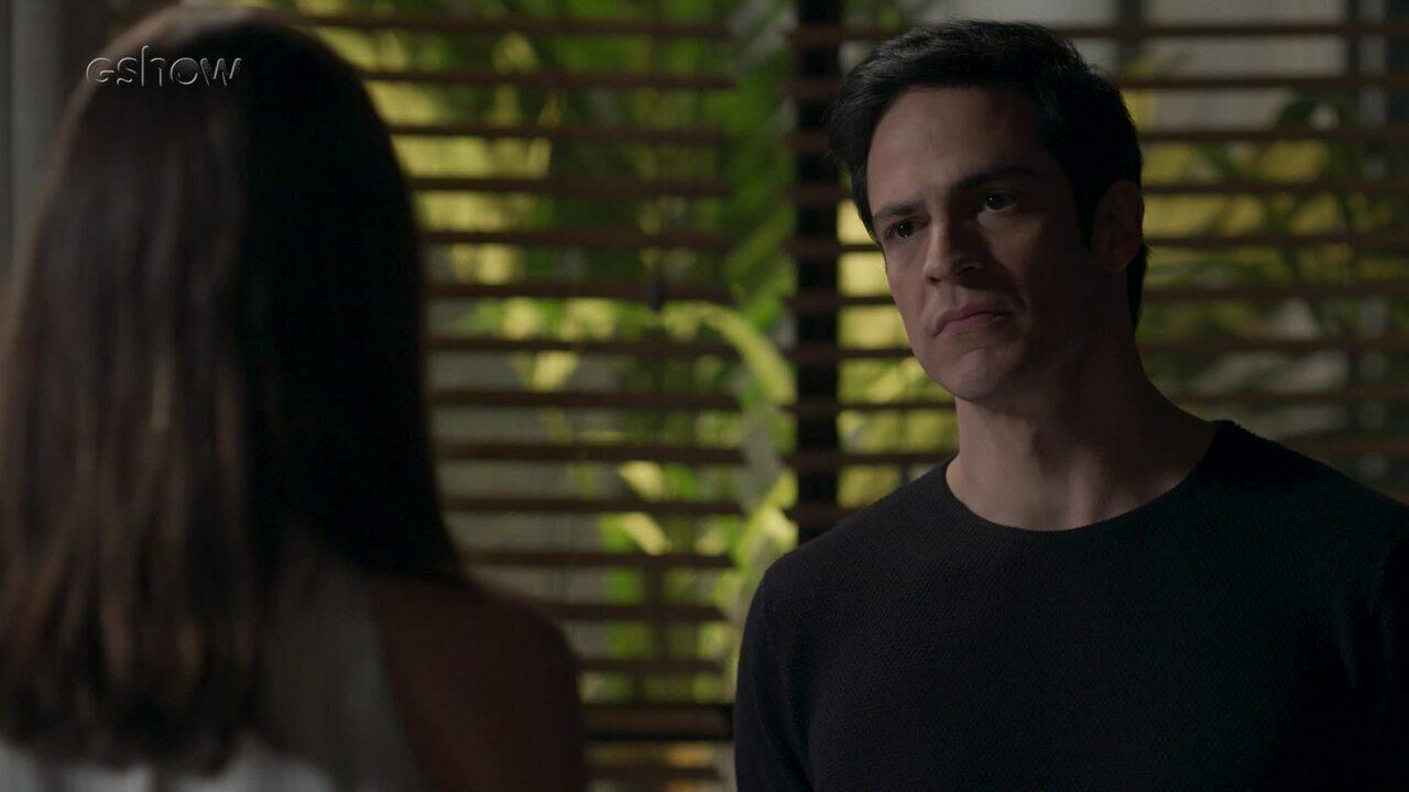 Teaser 'Pega Pega' 17/7: Eric afirma que não matou mãe de Bebeth