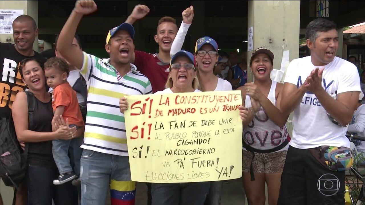 Mais de 7 milhões de venezuelanos participam de plebiscito informal