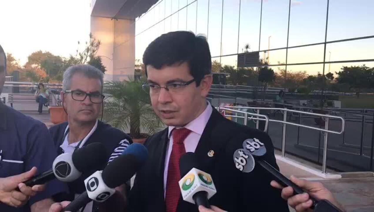 Parlamentares pedem à PGR que investigue liberação de emendas pelo governo