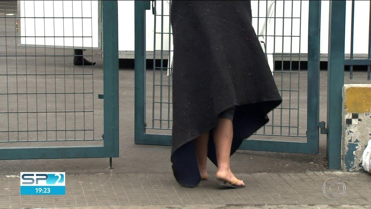 Frio provoca aumento na procura pelos centros de acolhimento na região da Cracolândia