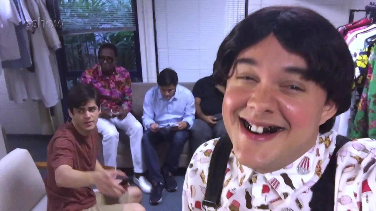 Gui Santana mostra um pouco do que rola dentro do camarim dos Trapalhões