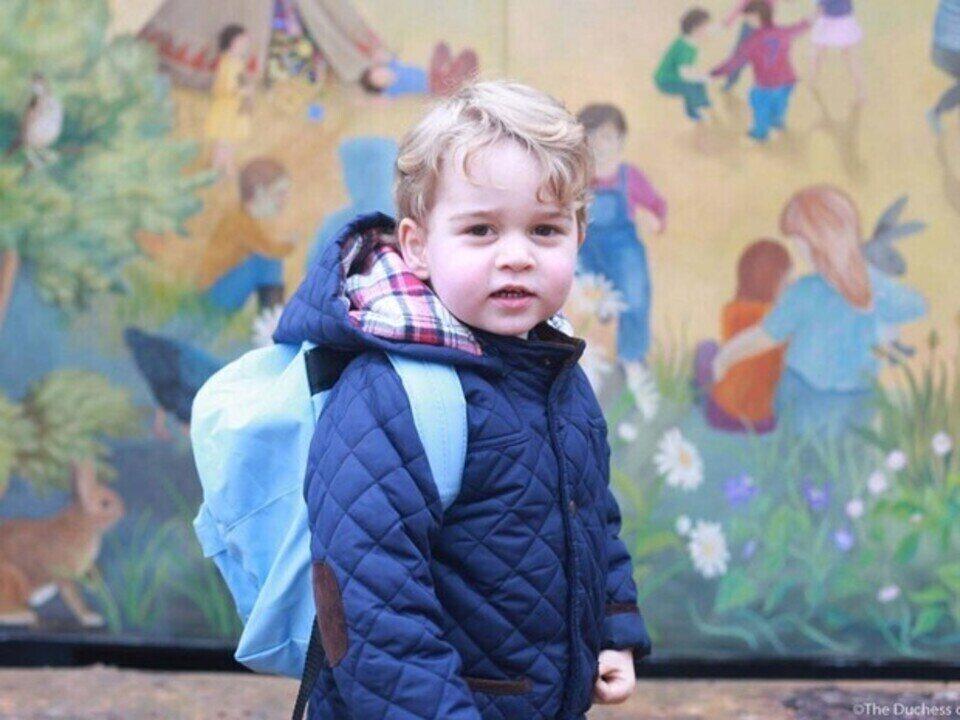 Príncipe George tem nova foto oficial para celebrar aniversário