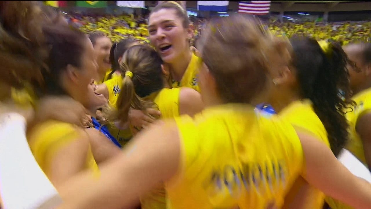 45bb3ec602 Melhores momentos de Brasil 3 sets a 1 EUA pelo Grand Prix de vôlei feminino