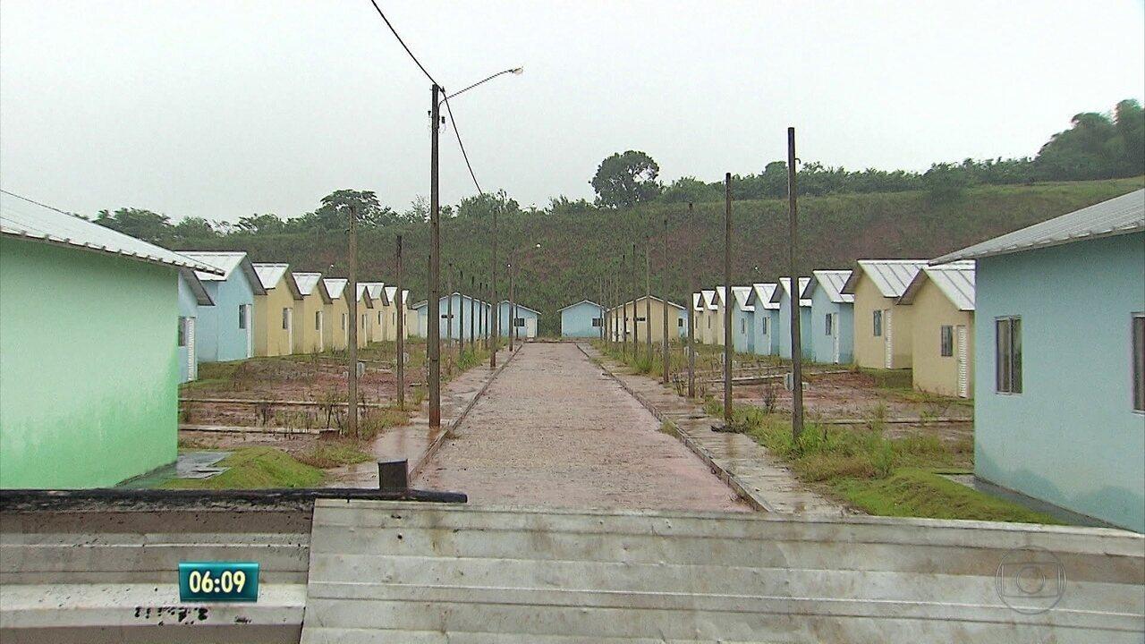 Casas foram prometidas pelo governo em 2010