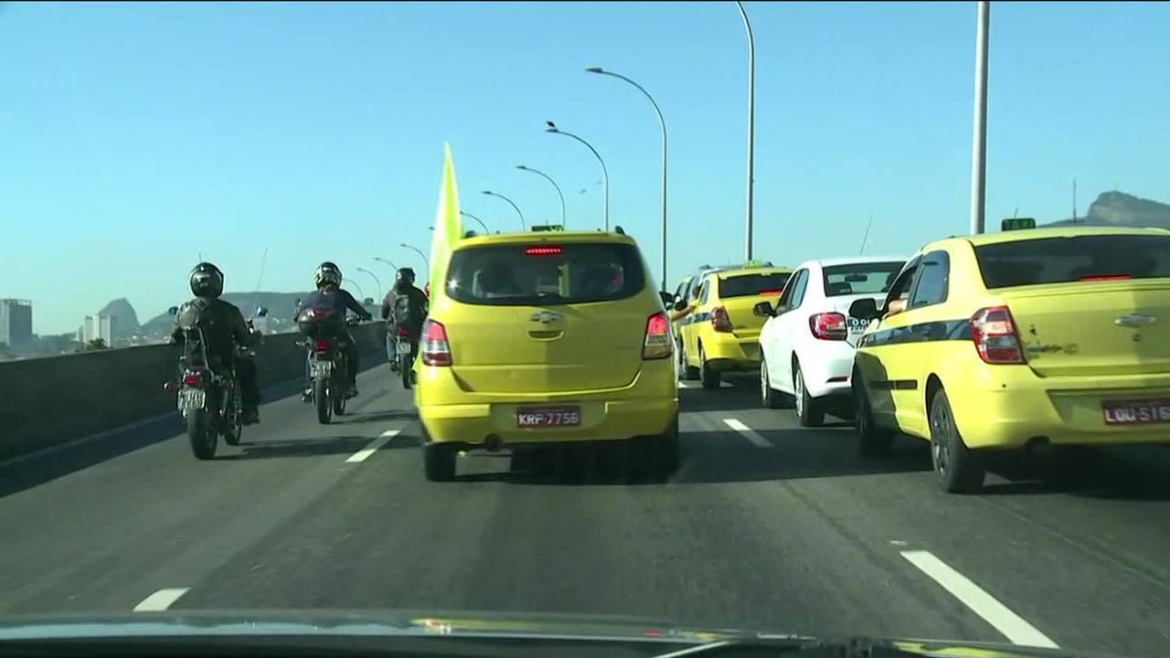 Sambódromo vai ser liberado para estacionamento — Protesto de taxistas