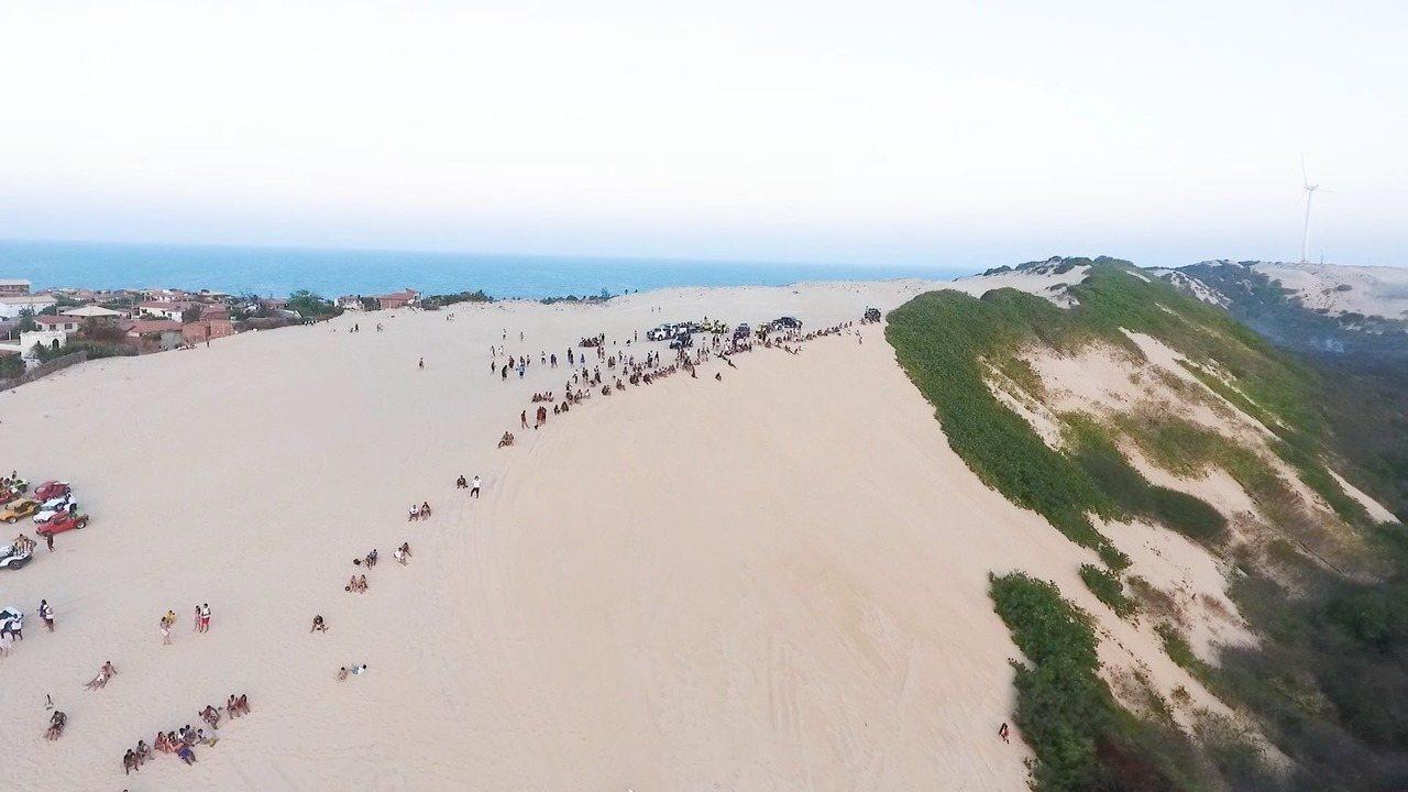 Canoa Quebrada é uma das praias mais visitadas do Ceará