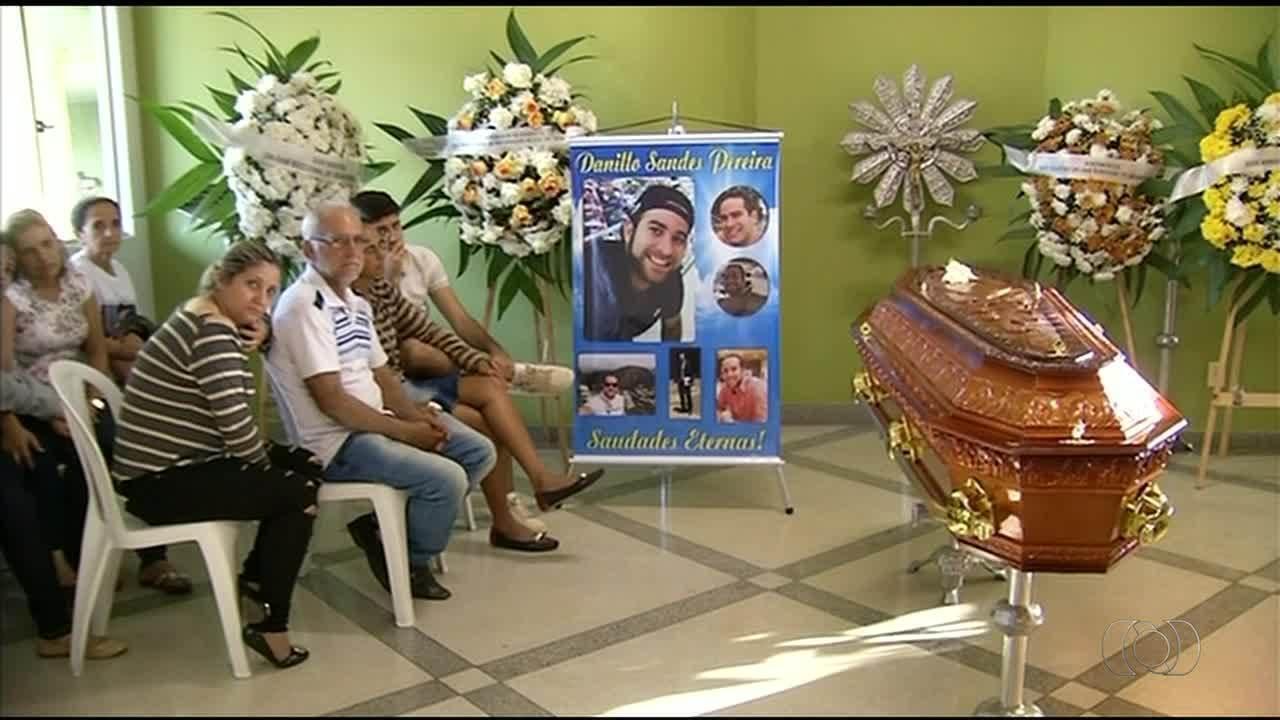 Advogado encontrado morto em Araguaína é enterrado