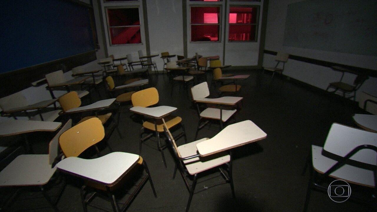 Sem dinheiro, UERJ suspende aulas por tempo indeterminado
