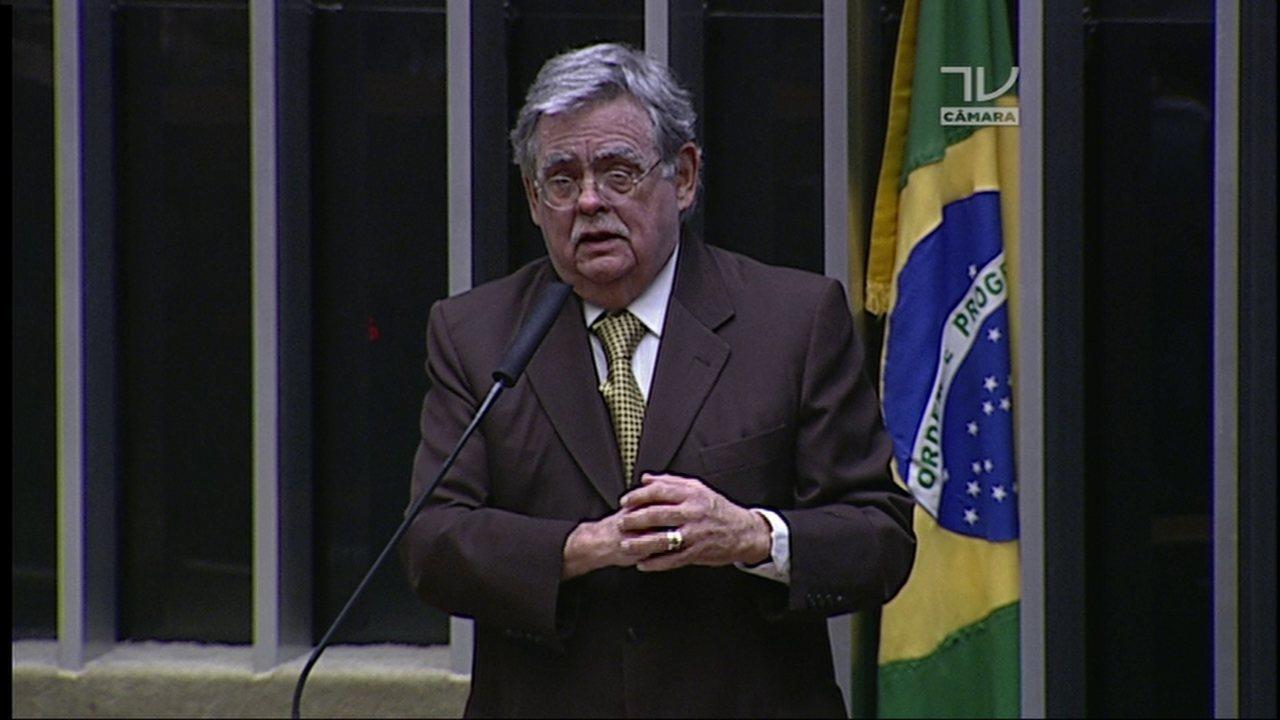 Mariz de Oliveira diz que denúncia é 'capenga e chocha'