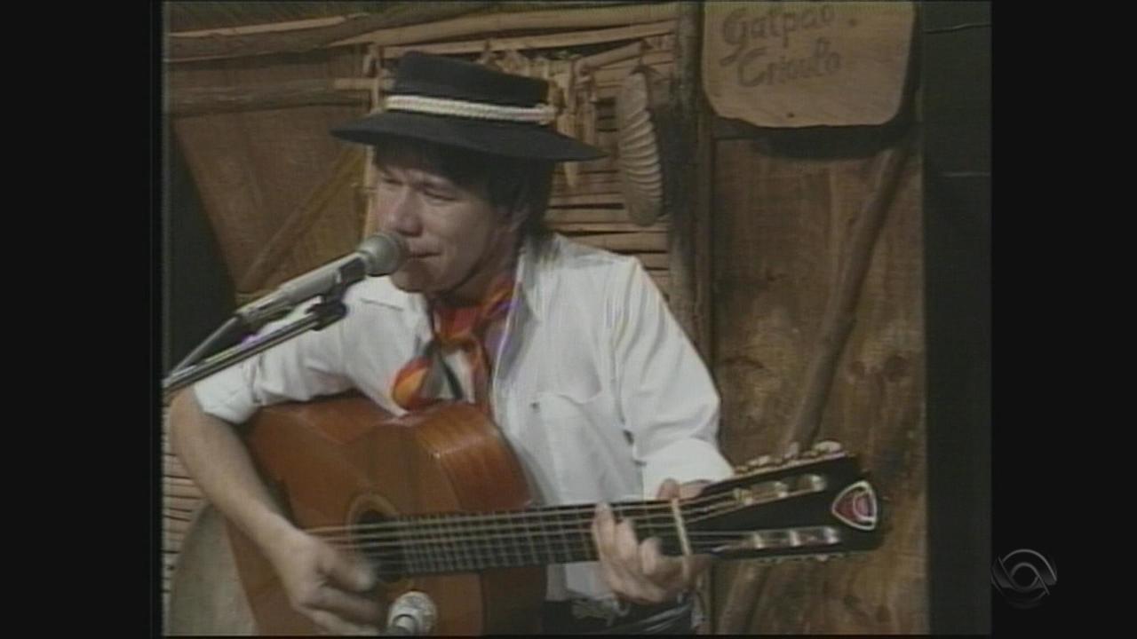 Relembre a participação de Bonitinho no 'Galpão Crioulo' em 1988