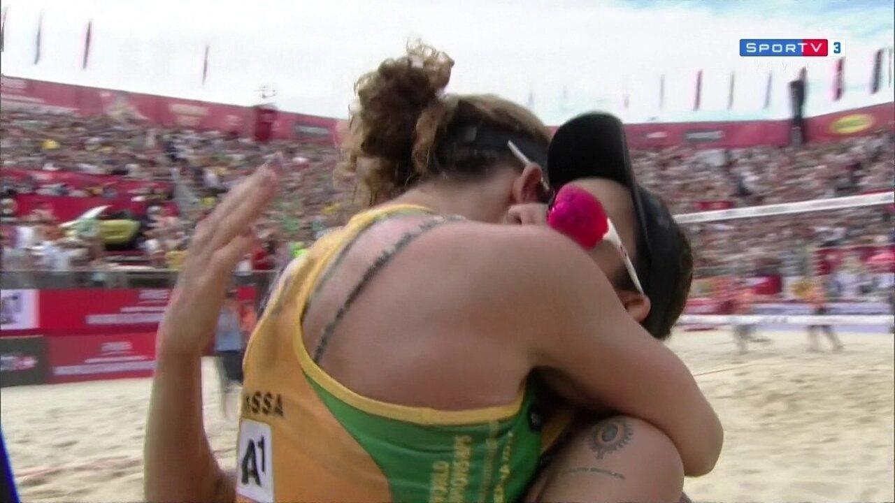 Pontos finais de Brasil 2 x 1 Canadá pelo 3º lugar no Mundial de Vôlei de Praia