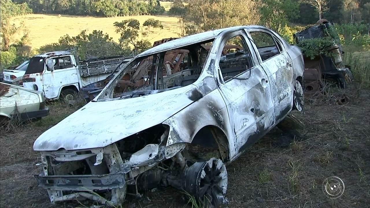 Corpo carbonizado é encontrado no porta-malas de táxi incendiado em Itupeva