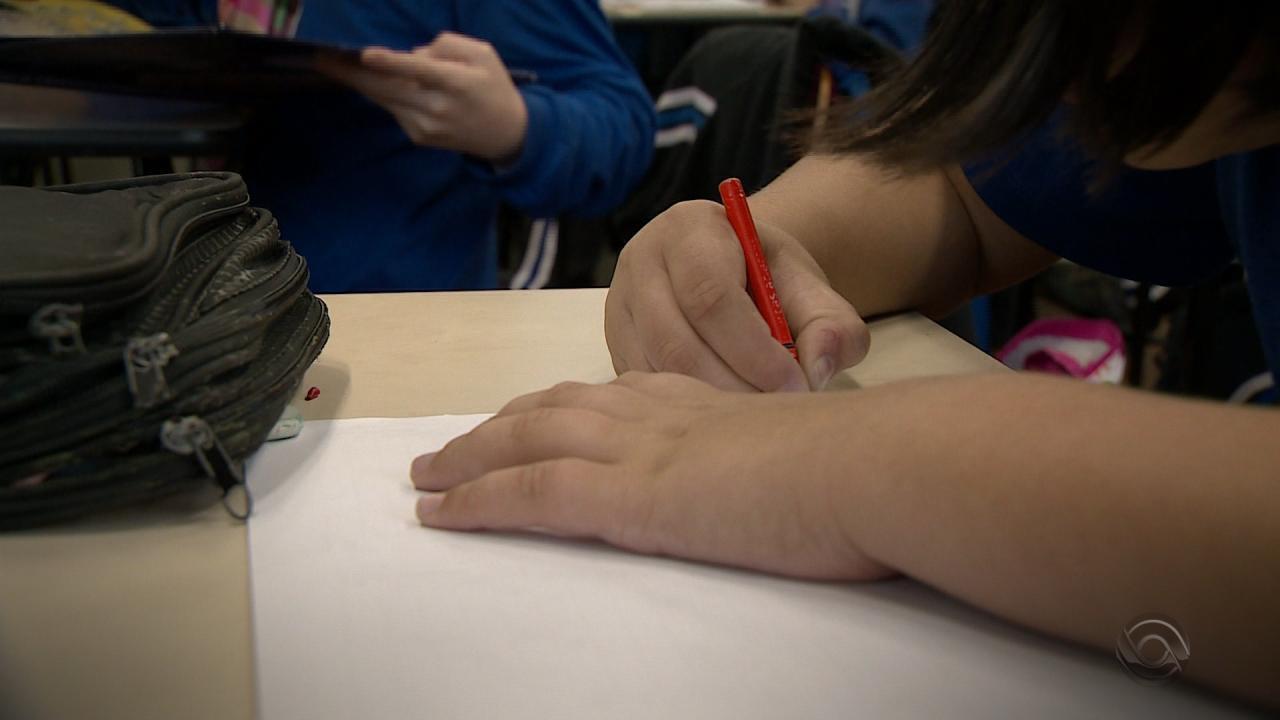 Picada Café e Lindolfo Collor são exemplos de investimento no ensino público no RS