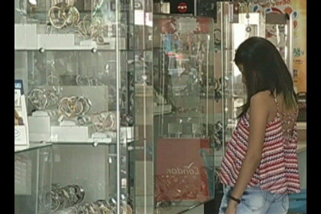 Dia dos Pais chegando e em Marabá o comércio está movimentado