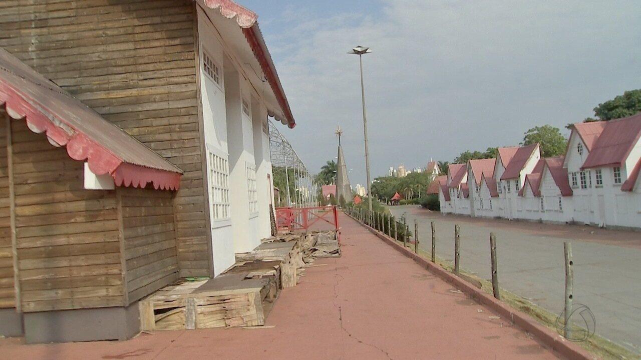 Estrutura da Cidade do Natal está abandonada e destruída em Campo Grande