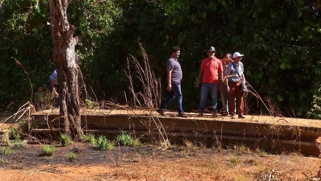 Estrutura de ponte preocupa pequenos produtores em Taquaruçu