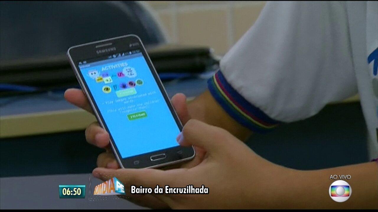 Alunos de escola técnica criam aplicativo para ajudar mães de crianças com microcefalia