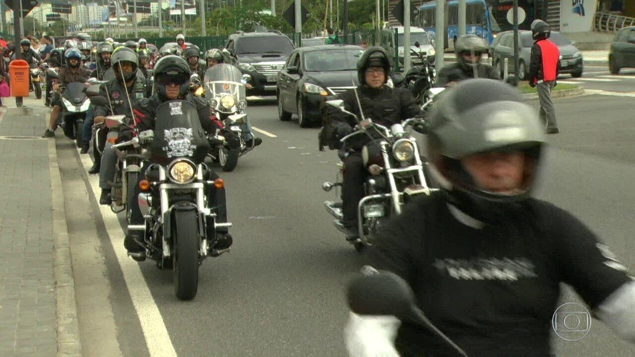 Motociclistas fazem manifestação contra aumento nos roubos de moto