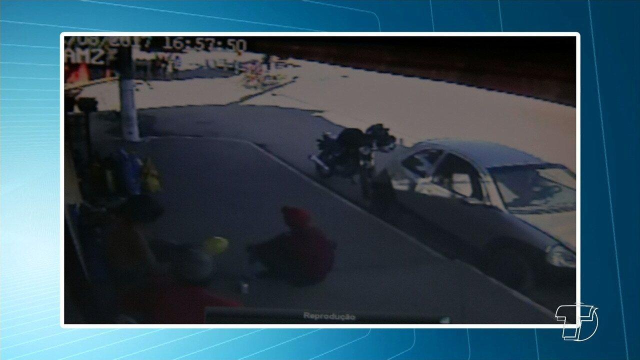 Criança é atropelada por motocicleta no bairro São José Operário