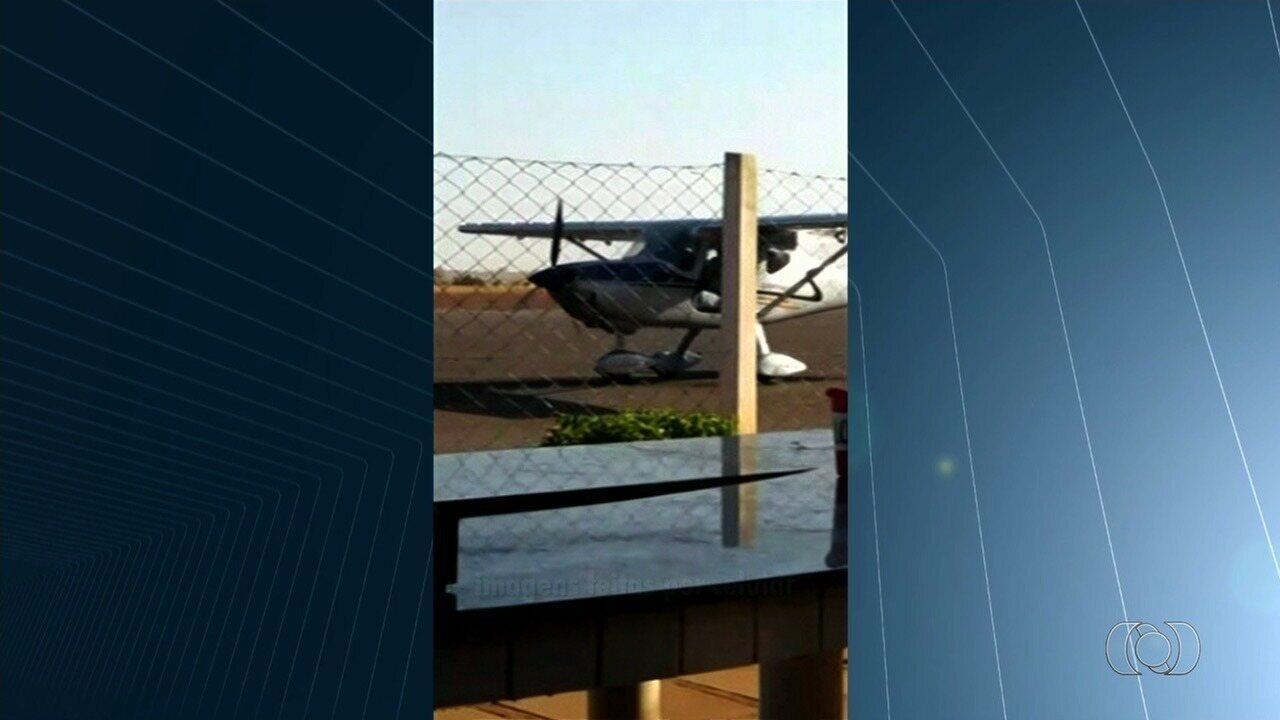 Vídeo mostra avião pilotado por ex-senador boliviano minutos antes de cair, em Luziânia