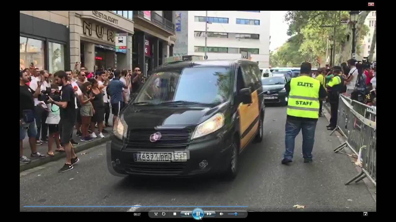 Polícia da Espanha emite alerta de busca por suspeito de atentado