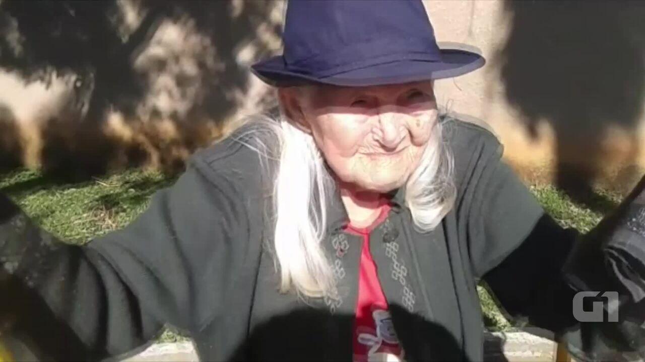 Idosa de 104 anos faz exercícios todos os dias em academia popular de Rio Branco