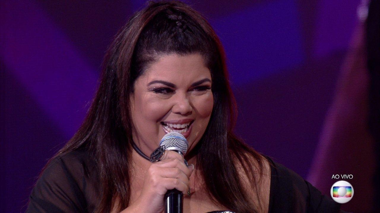 Fabiana Karla canta 'O Amor e O Poder'
