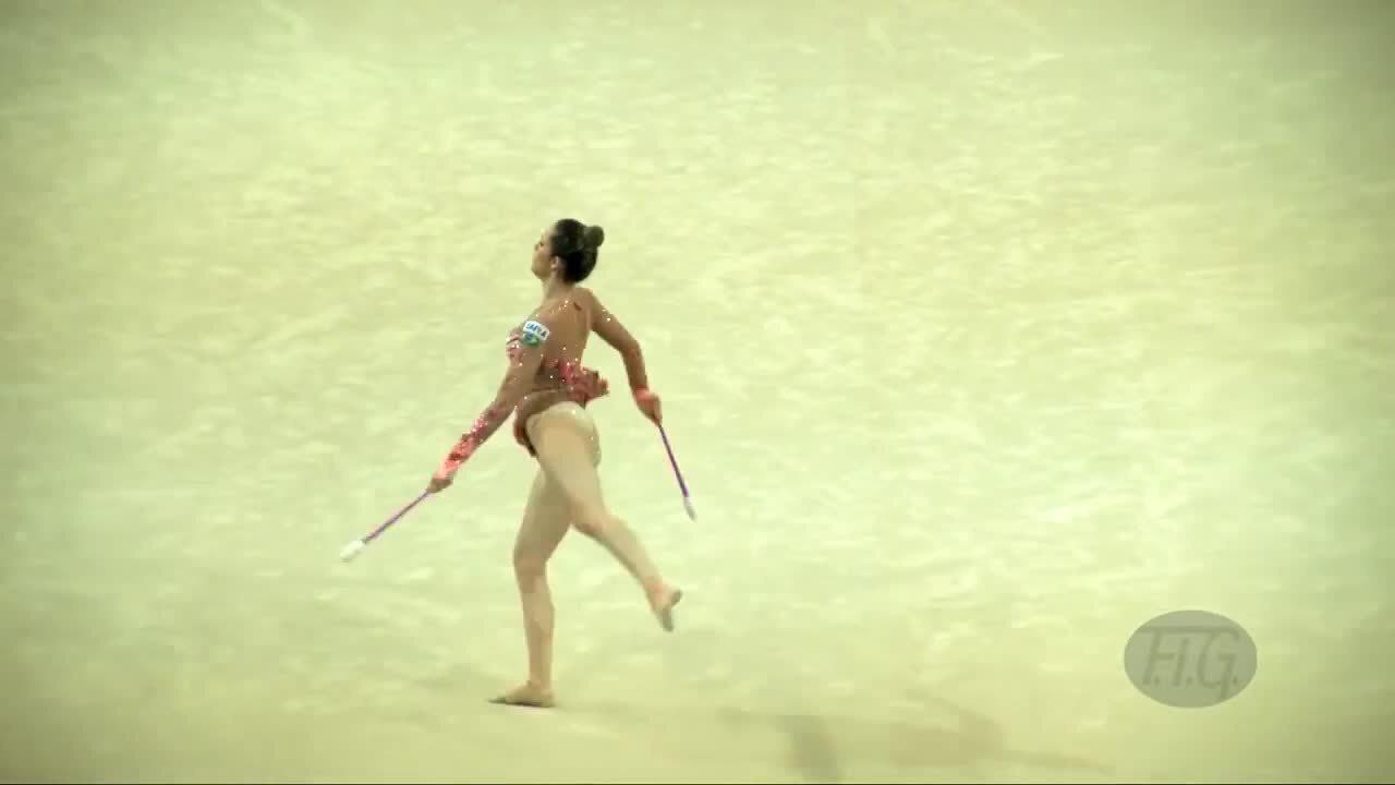 Natália Gaudio iguala seu melhor desempenho em Mundiais