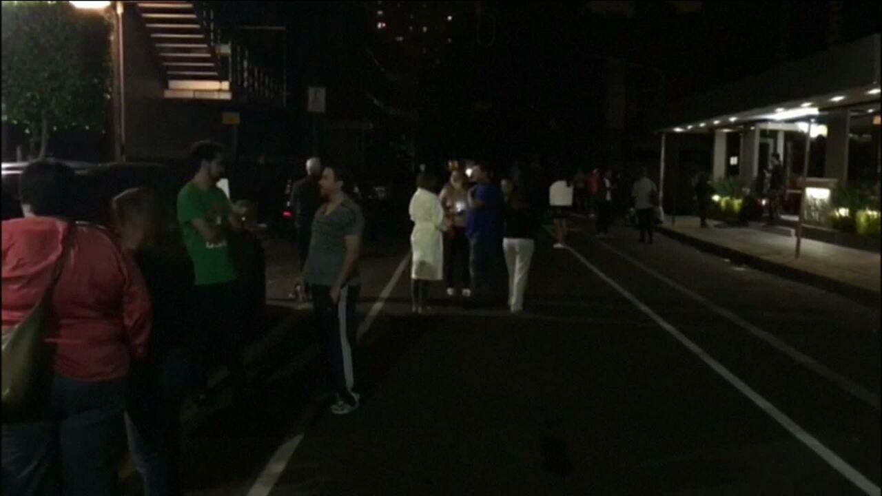 Terremoto no sul do México deixa 6 mortos e provoca alerta para tsunami em 8 países