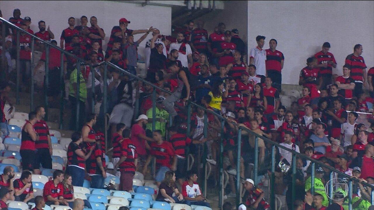 Jogo do Flamengo e Cruzeiro pela Copa do Brasil tem confusão