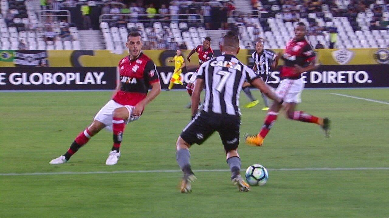 Melhores momentos  Botafogo 2 x 0 Flamengo pela 23ª rodada do Brasileirão bc87723d85a5f