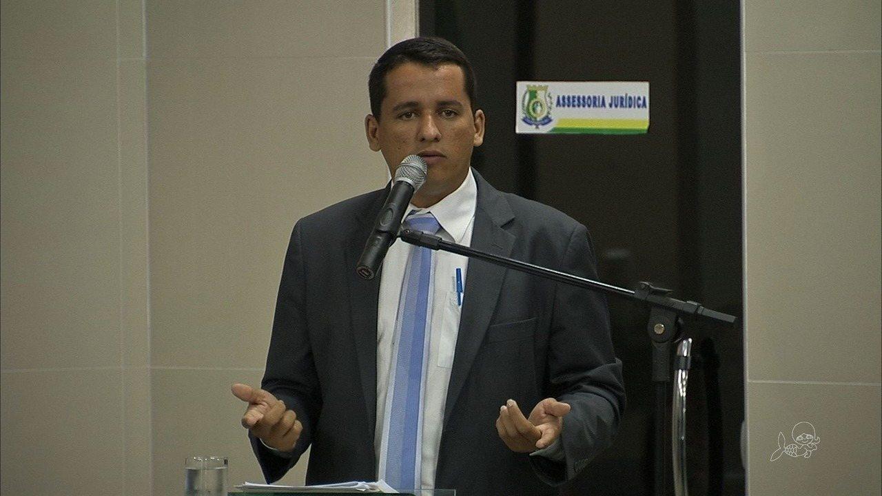 Presidente da Câmara de Maranguape se defende sobre o uso de carro oficial em viagem