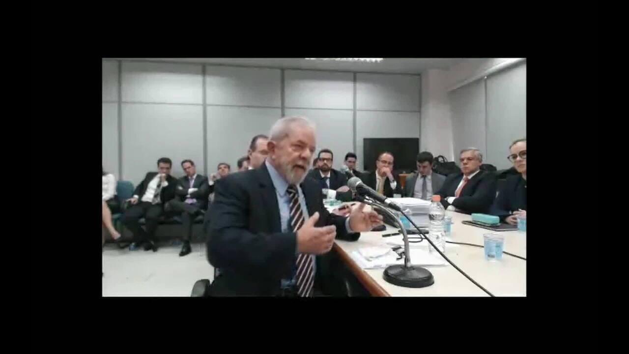 Ao final do depoimento, Lula questiona parcialidade de Moro