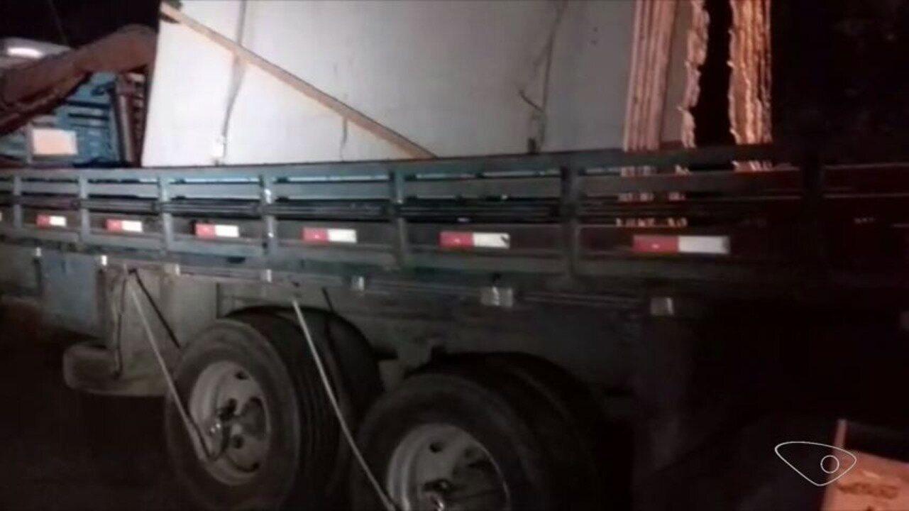 Mais um caminhão é apreendido por transporte irregular de granito