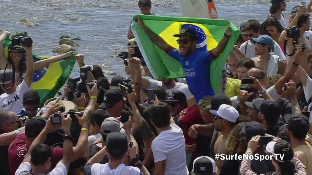 Filipe Toledo é campeão da etapa de Trestles