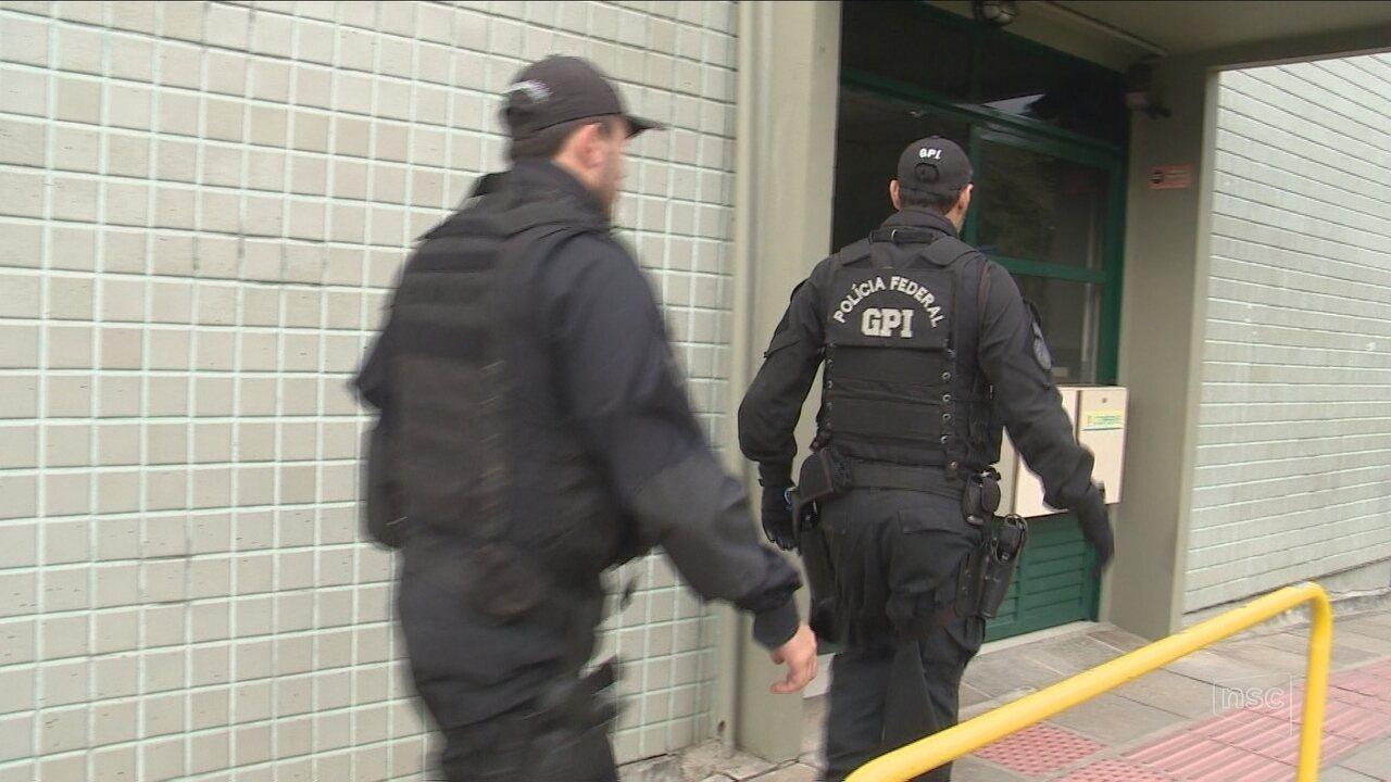 Justiça revoga prisão de funcionários da UFSC detidos na Operação Ouvidos Moucos