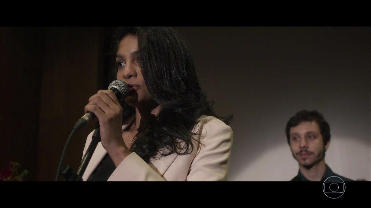 Cátia lança o documentário 'Os Dias Eram Assim'