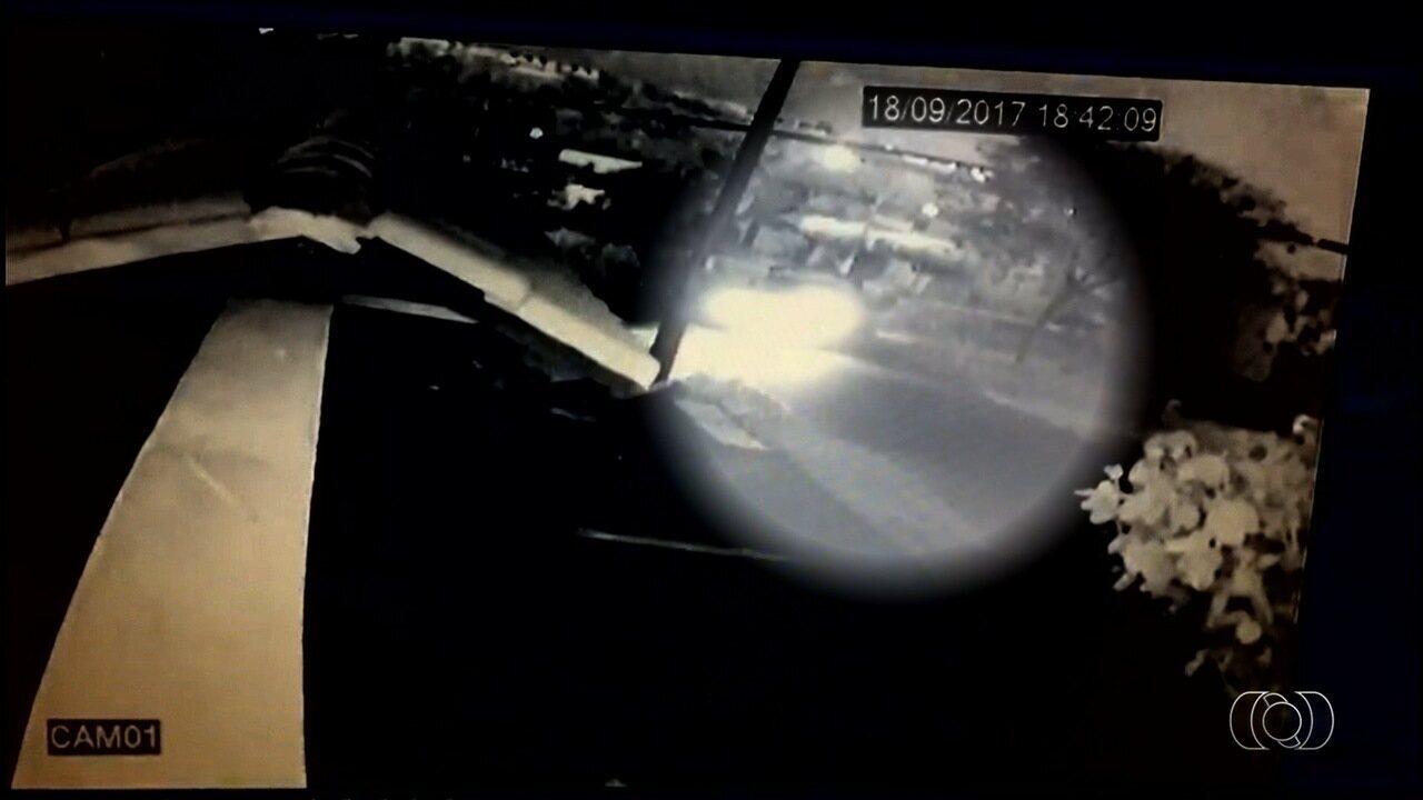 Vídeo mostra momento em que criança é atropelada em acidente em Goiânia