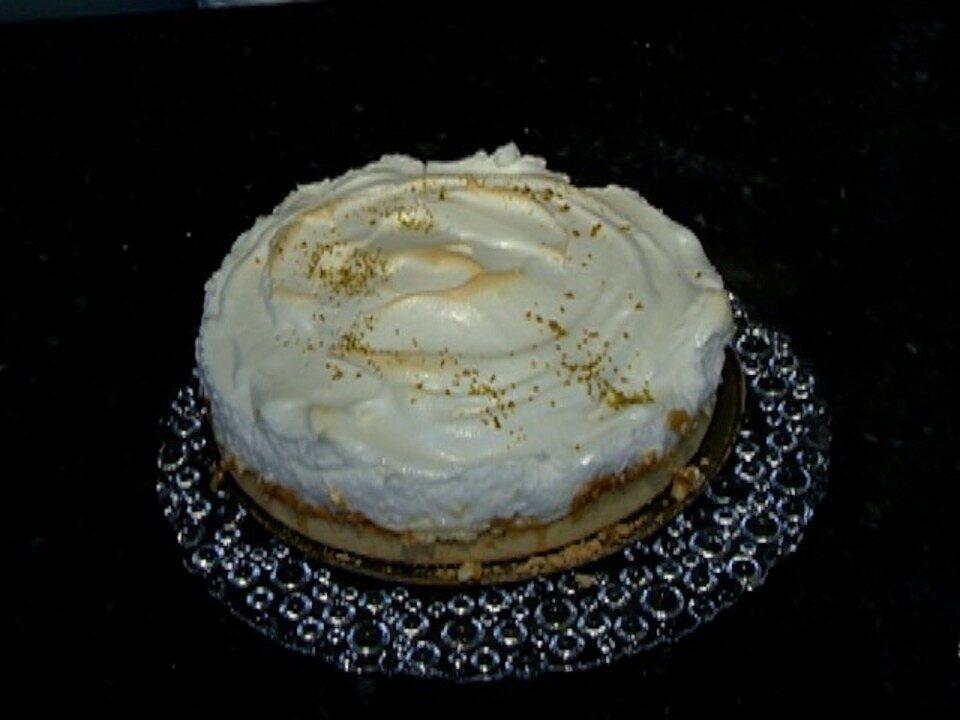 Aprenda a preparar uma tradicional receita de Torta de Limão