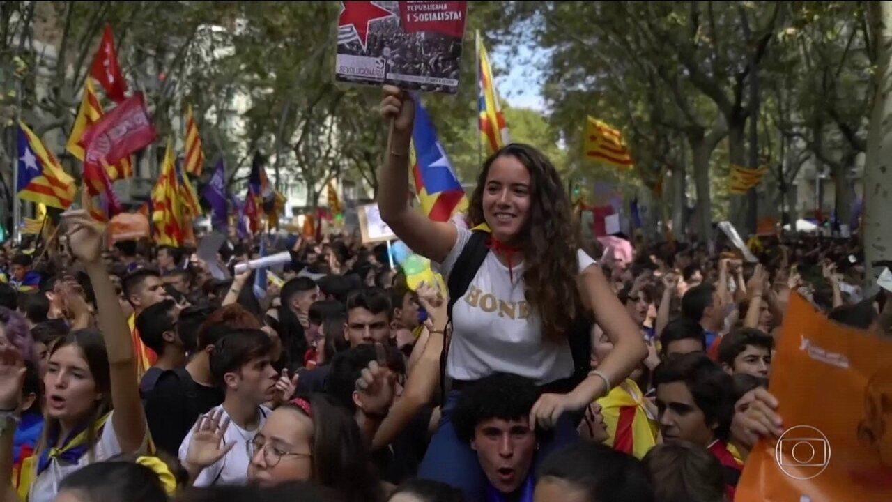 Catalunha ignora pressão e mantém plebiscito sobre independência