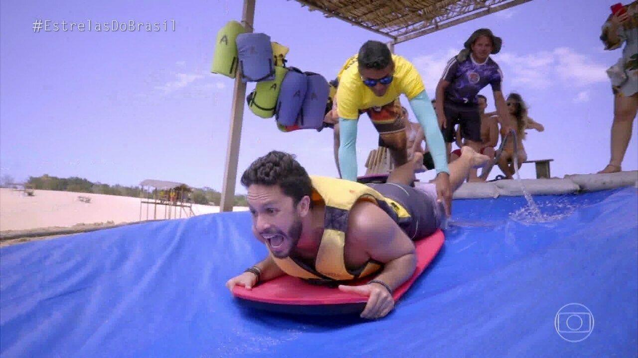 Rainer Cadete e Cris Dias se jogam nos esportes radicais no Ceará