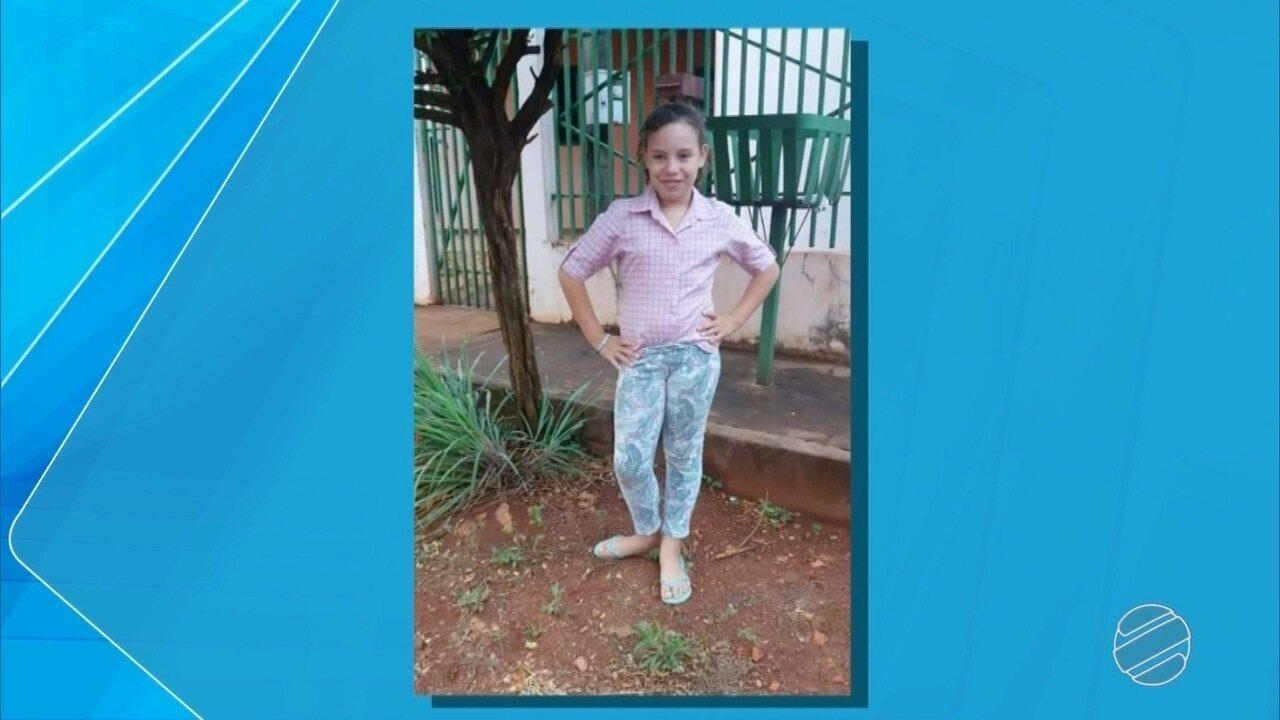Família aguarda liberação do corpo da menina que morreu afogada em rio da capital