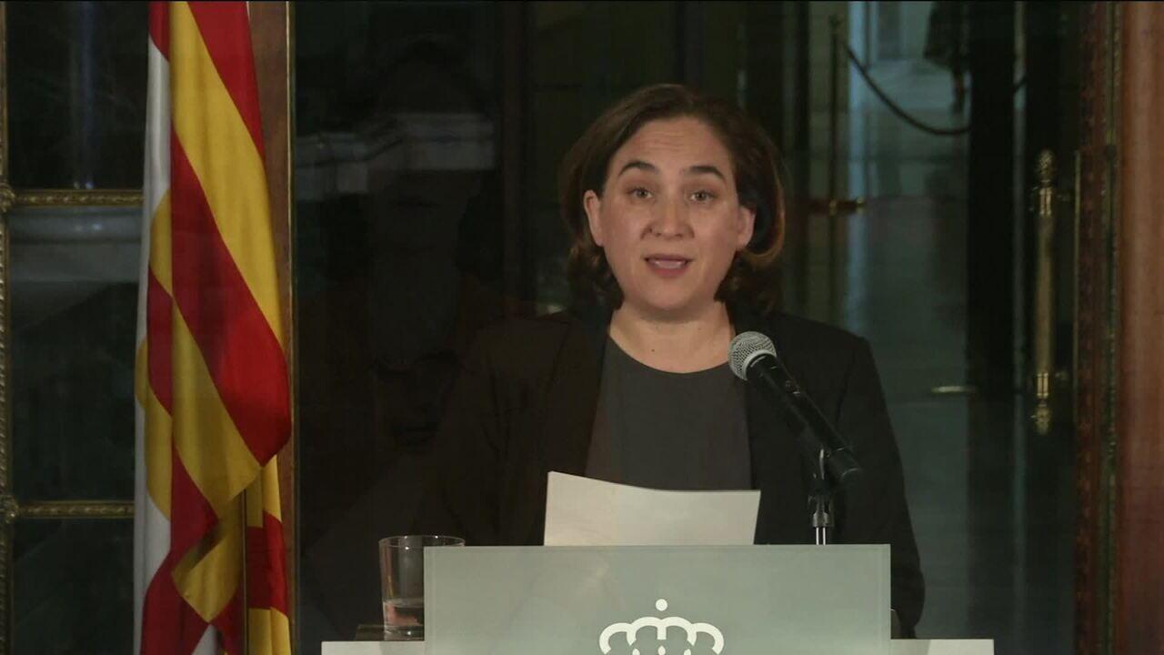 Líder da Catalunha pode fazer declaração unilateral de independência nesta terça (10)