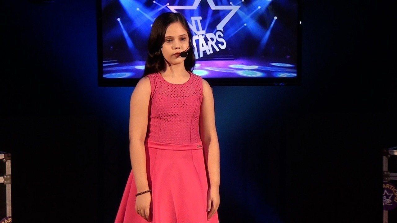 Apresentação de Bruna Ketlen na terceira fase do Mini Stars