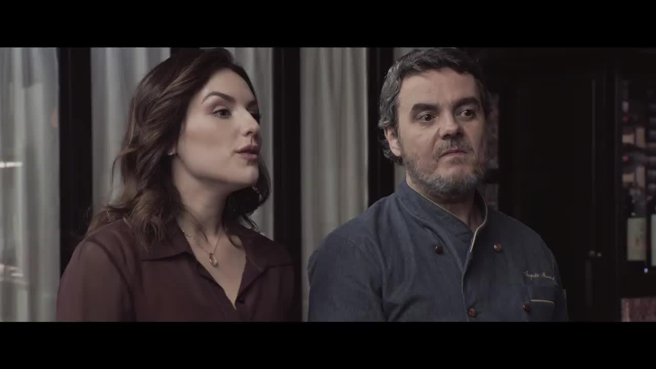 Assista a cena da comédia 'Gosto se discute', com Cassio Gabus Mendes