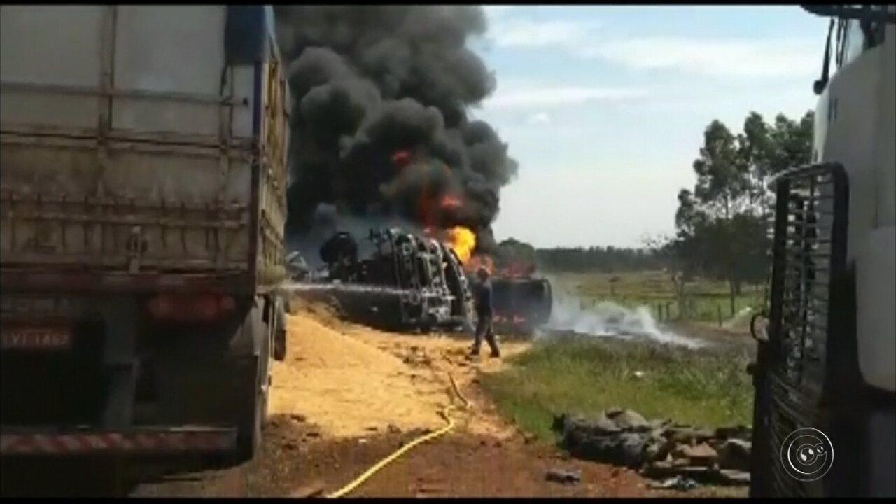 Motorista morre carbonizado após carreta e caminhão-tanque baterem de frente em Bastos