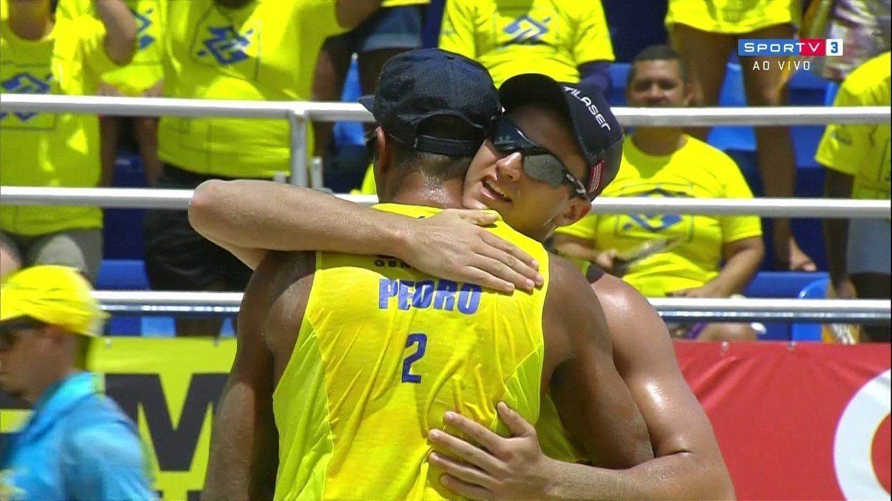 Pontos finais de Bruno/Moisés 0 x 2 George/Pedro Solberg pelo Brasileiro de vôlei de praia